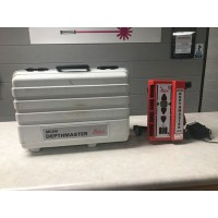 Used Leica MC200 Laser Receiver with Clamp-on Brackets