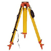 Surveyors Grade Wooden Tripod 2/Srew Clamp