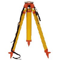 Nedo Surveyors Grade Wooden Tripod - with Quick Clamp
